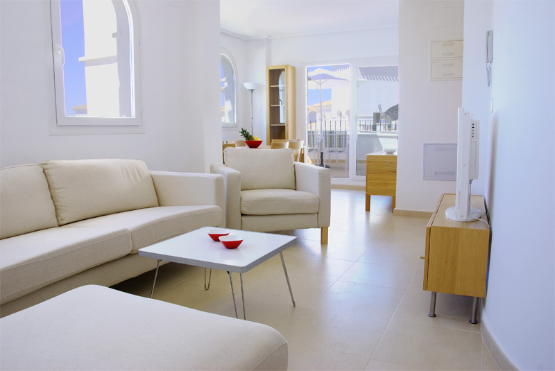 lounge2patio800.jpg