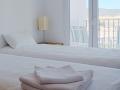bedroomtowels800.jpg